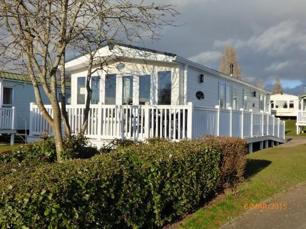 Seaside Caravan For Hire On Rockley Park In Poole